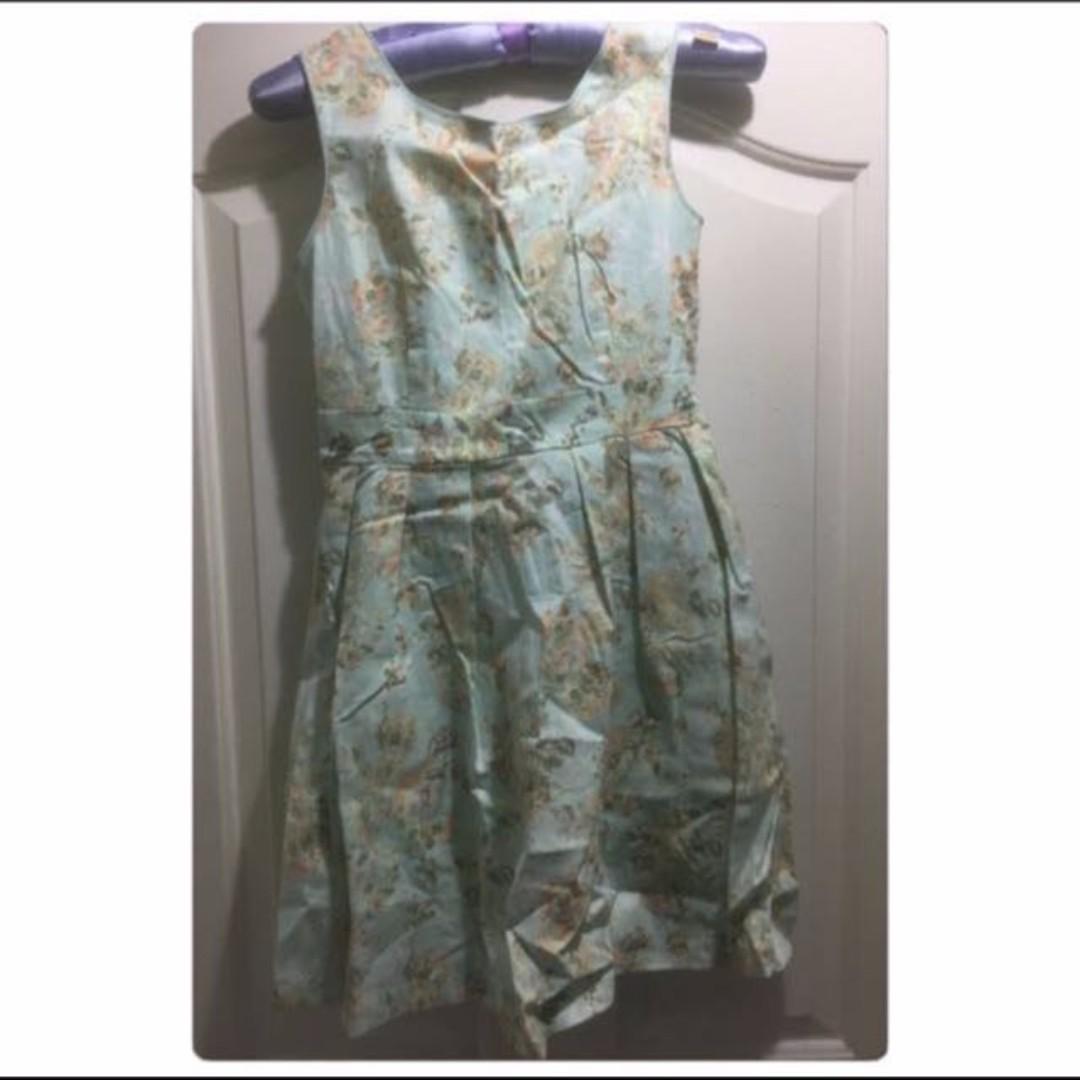 *FREE NM* Love & Bravery Green Sleeveless Floral Sweet Girl / Ladies Dress size M