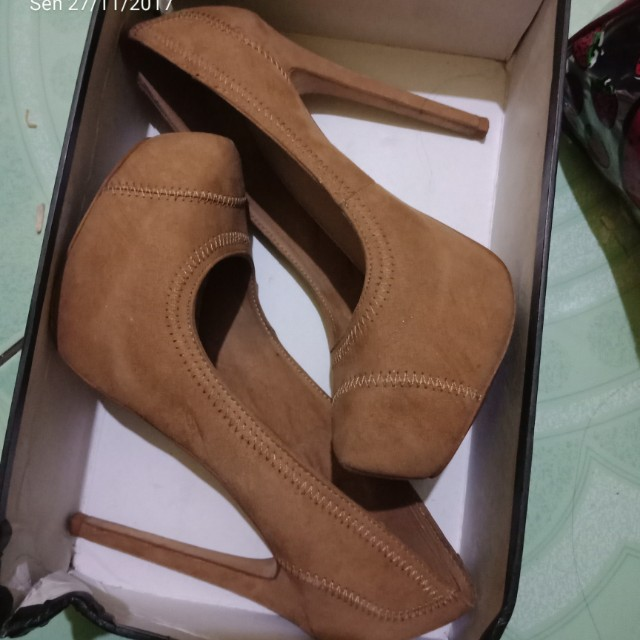 Heels brown Bershka