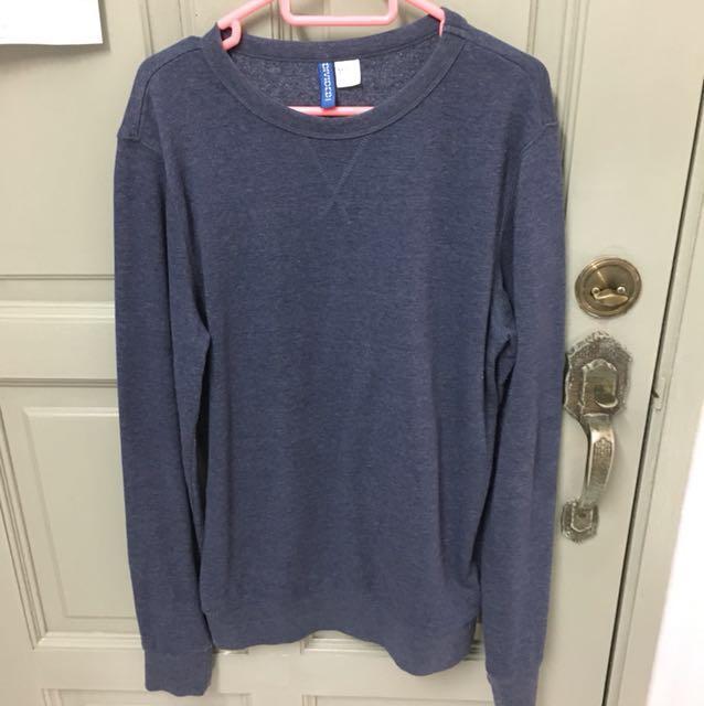 H&M Navy Blue Sweatshirt