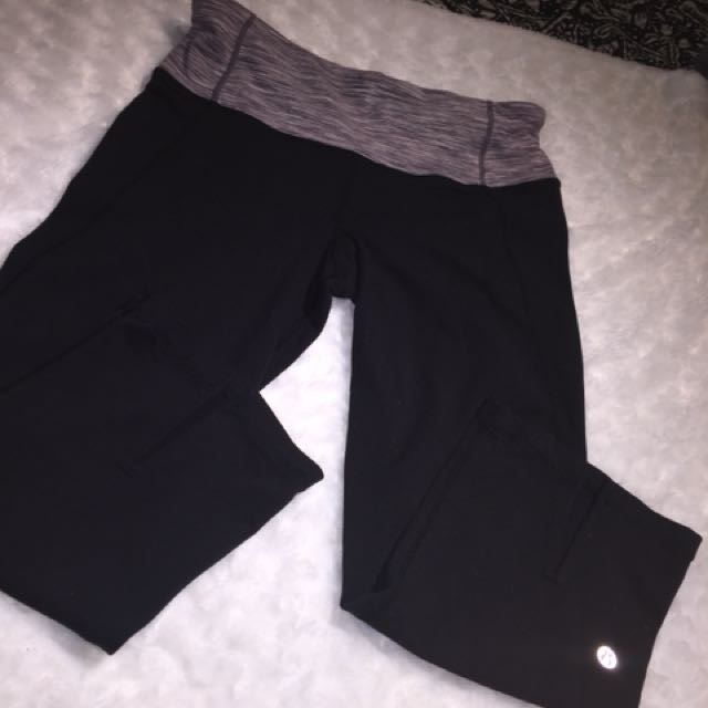 Lululemon Crop Yoga Pants - Size 6