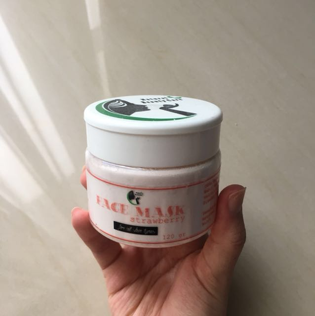 Natural Beauty Care Face Mask (Strawberry)