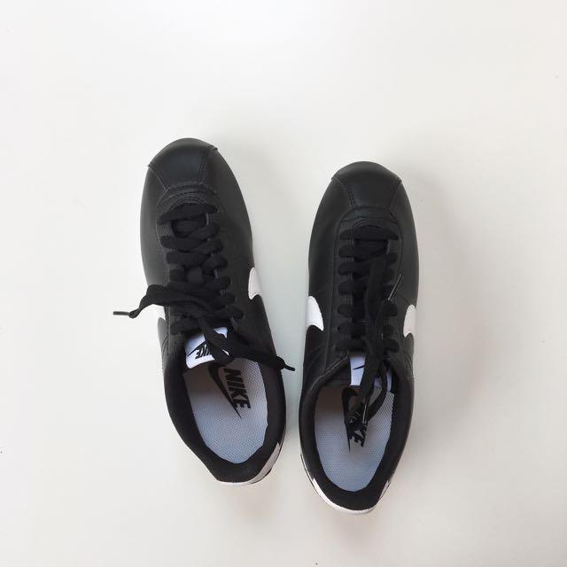 Nike Cortez Classic Fesyen Wanita Sepatu Di Carousell
