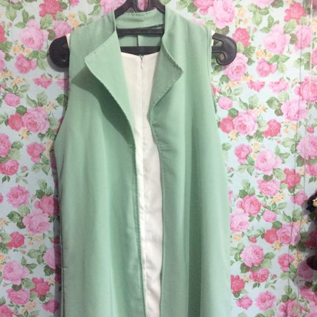 Outer mint green