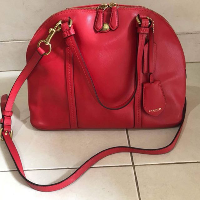 Preloved coach dome red