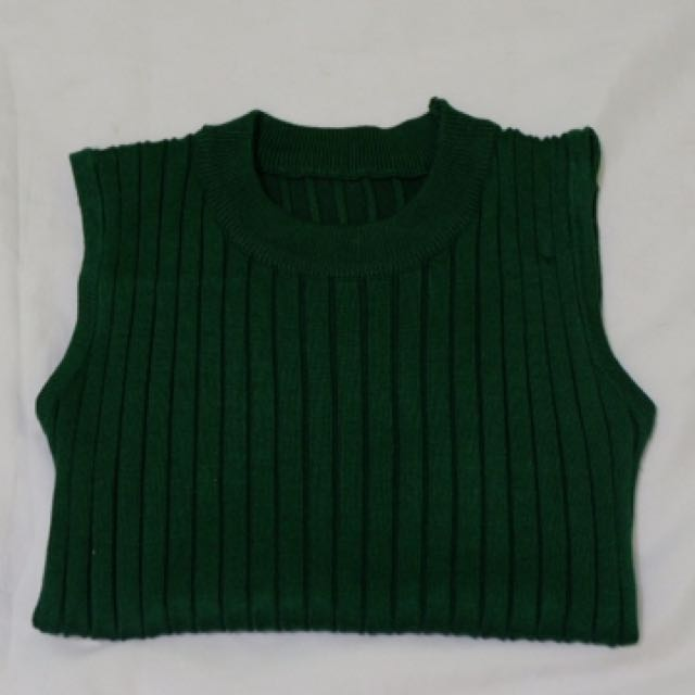 Ribbed top in green