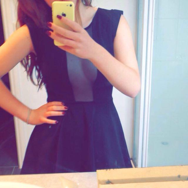 SELLING BLACK DRESS