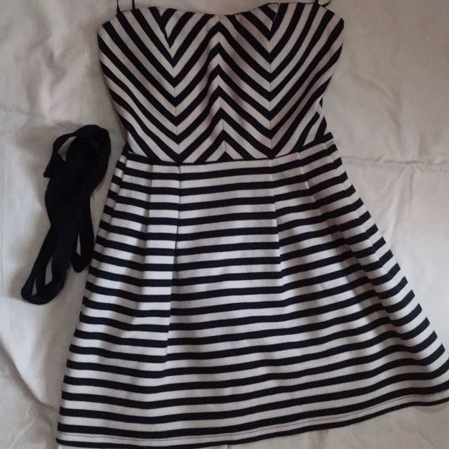 Forever21 stripe dress fits xs- small
