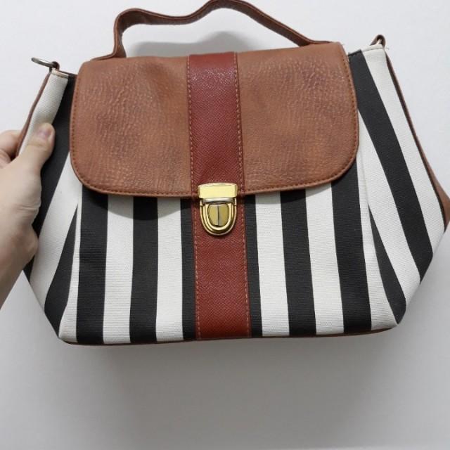 Stripes Medium Sling Bag / Handbag