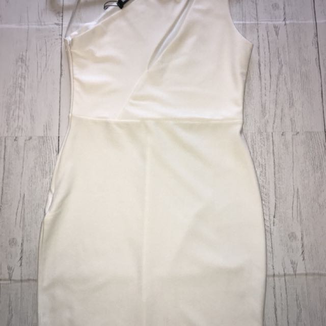 White off the shoulder dress small