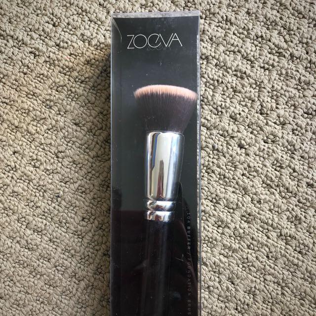 ZOEVA 104 buffer - kabuki - vegan makeup brush