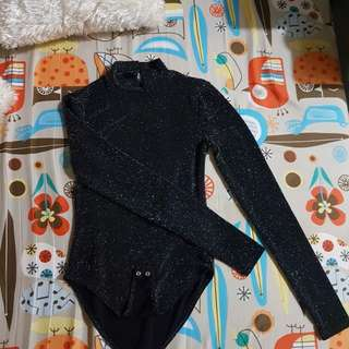 Sparkly / glittery black Forever21 turtle neck top