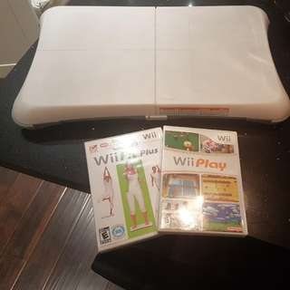Wii Balance Board + Wii Fit Plus & Wii Play combo