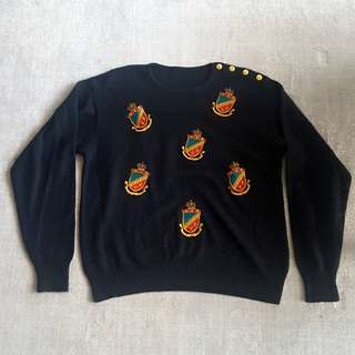Vintage Crest sweater s