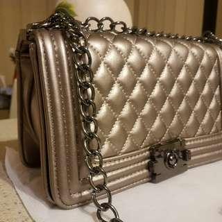Brand new luxury shoulder bag.