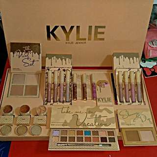 Kylie vacation edition bundle set