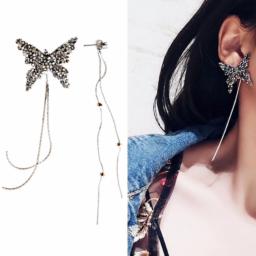 ╭✿蕾兒0509✿╮IB046-正韓濃烈的愛水晶蝴蝶不對稱後扣式垂墜耳環耳釘耳墜耳飾品