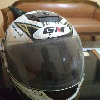 Helm Full Face GM