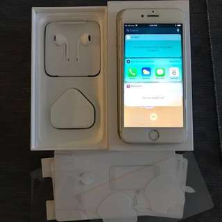 10/10 iPhone 7 128GB silver white free tempered glass