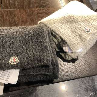 Moncler scarf in dark grey and light grey