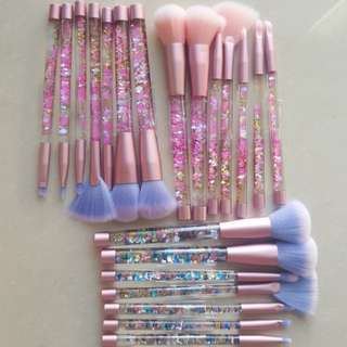 NEW** 7 piece set crystal/glitter makeup brush