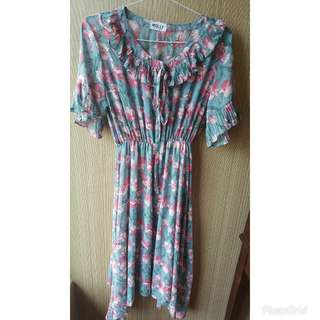 Preloved dress with furing. All size panjang dress 100cm