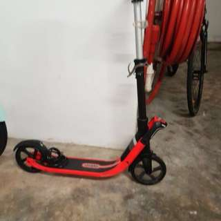 Kids oxelo scooter