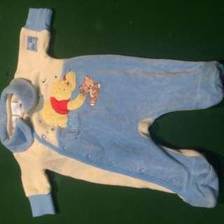 Newborn pooh bear set