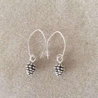 Acorn earrings. Sterling Silver