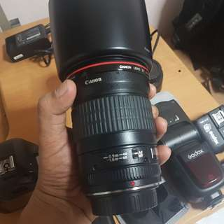 Canon 135mm f2 with box