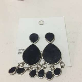 Black Resin Earnings
