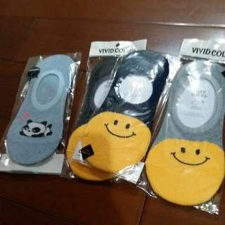 🚚 韓國笑臉、熊貓短襪