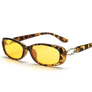 New never worn sunglasses