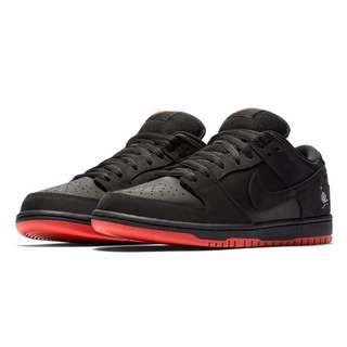 Staple x Nike SB Dunk Low Black Pigeon