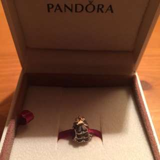 Pandora x mas tree charm