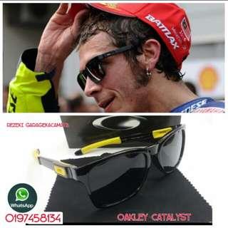 Oakley catalyst
