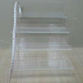 階梯壓克力透明層架 還蠻新的 沒什麼刮痕#我的家飾可超取