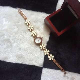 Jam tangan white gold daisy flowers