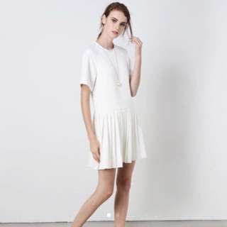 And Well Dressed White Pleated Dress BNWT