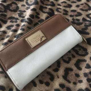 COLETTE BROWN AND WHITE WALLET