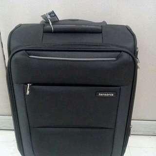 Samsonite Basal Spinner 4 wheels Baggage/Luggage (47% OFF!!)