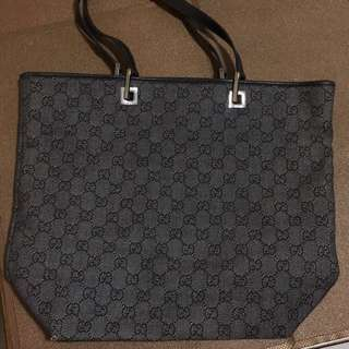 CHRISTMAS SALE!!REPRICED!!💯%Authentic Gucci Tote Bag (black) / Free Shipping