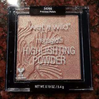 Wet N Wild 2016 MEGAGLO Highlighting Powder Precious Petals NEW & AUTHENTIC (NO OFFERS)