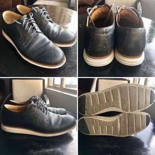 Cole Haan Lunargrand Navy Blue Plain Toe Perf Mens 10W Size 10W for Men