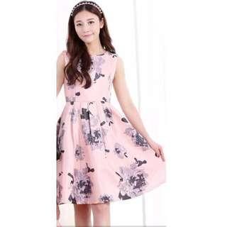 🚚 BNWT Pink Flora Dress