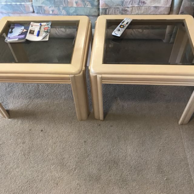 $15 pair of end tables
