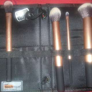 Brush Real Techniques Core Collection