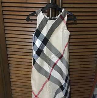 Burberry dress size 6