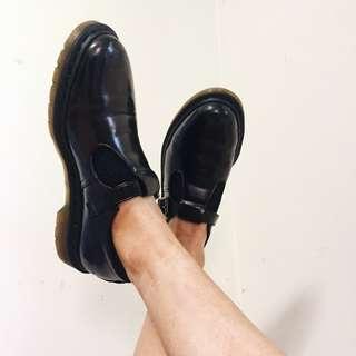 Dr Martens Vegan Polley Shoes