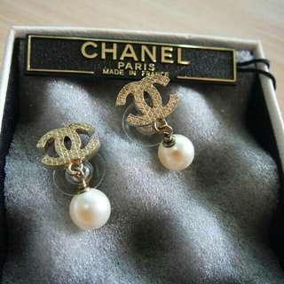 Chanel Authentic earrings gold pearl original anting