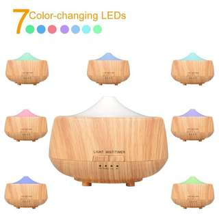 Aroma Diffuser and Humdifier with 7 Colored LED Light Brand New